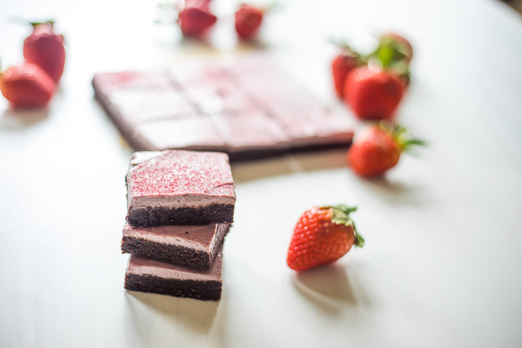 Raw Brownies with Strawberry Frosting (V, GF, P)