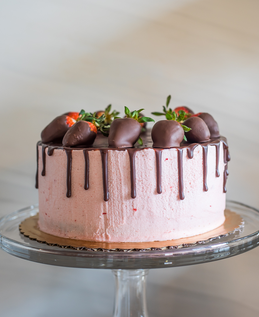 Paleo Chocolate Covered Strawberry Cake (P, GF, DF)